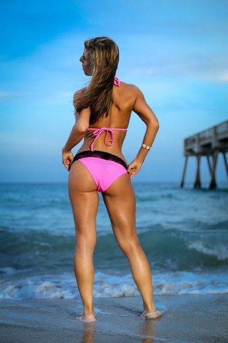 Bikini babes hottest ass
